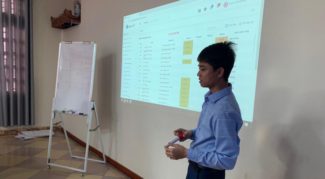 Ligosoft đào tạo về hệ thống LigoOFFICE One tại Jim Tồ
